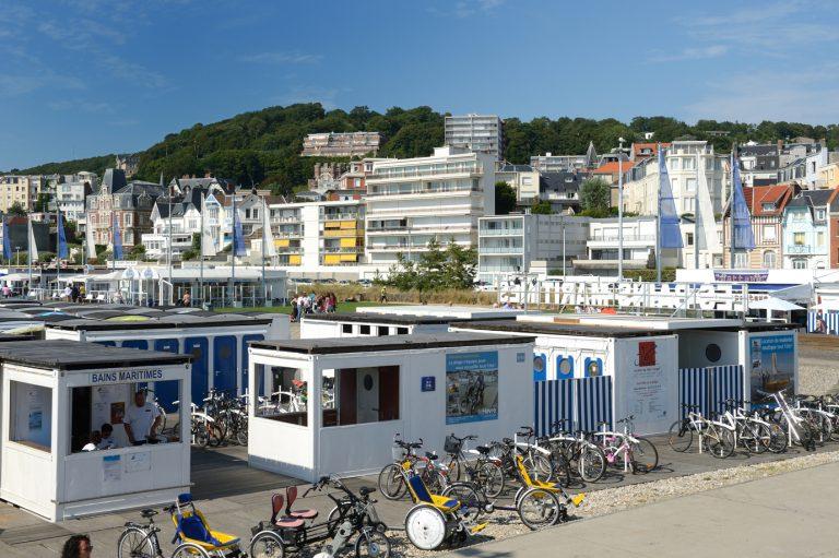 Les Bains maritimes de la plage du Havre
