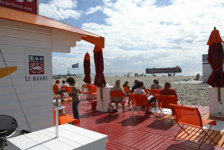 Lire à la plage du Havre