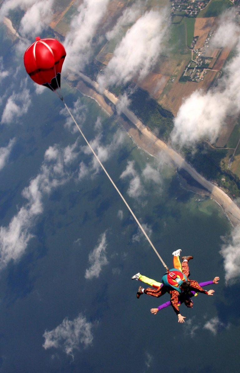 Saut en parachute en binome au Havre