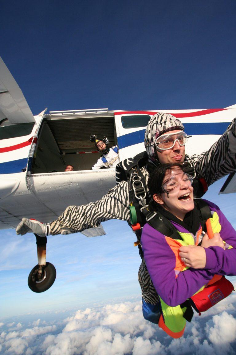 Saut en parachute, descente dans les airs au Havre