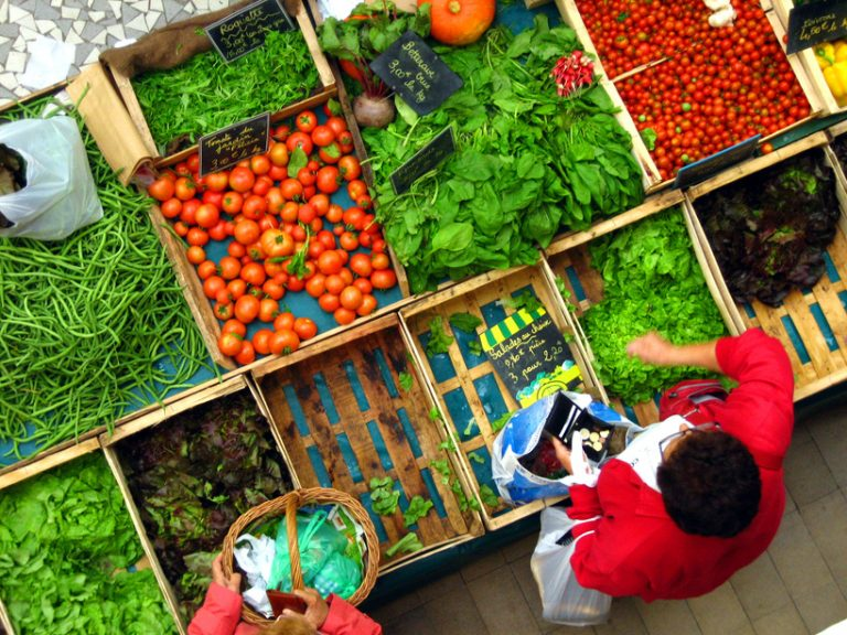 Tomates, citrouilles, salades sur les marchés du Havre
