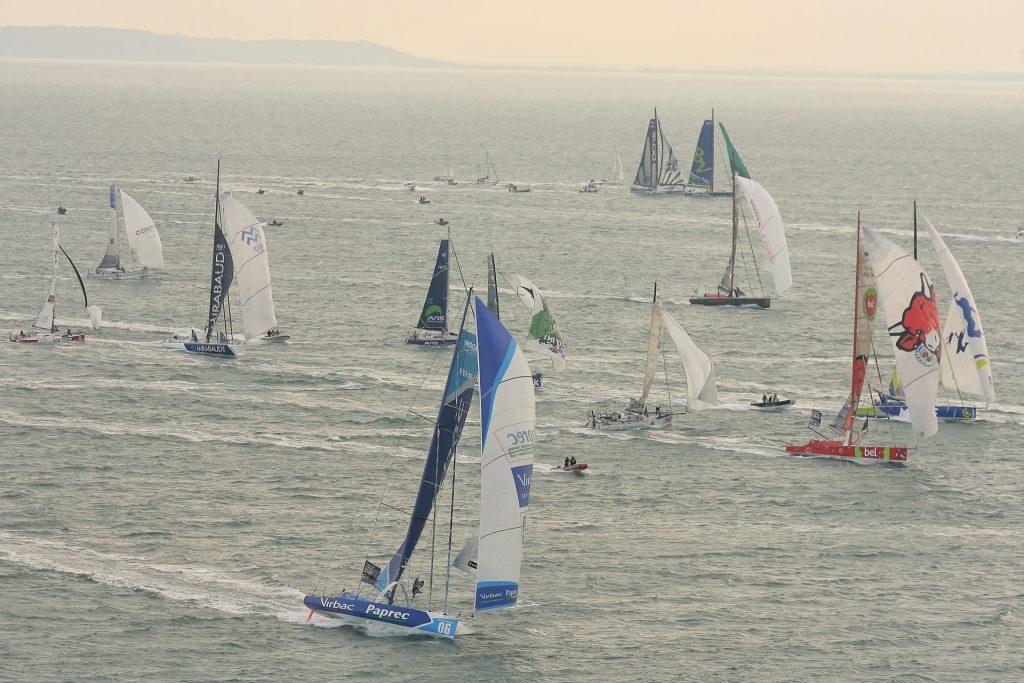 Départ de la régate de voiliers au large du Havre