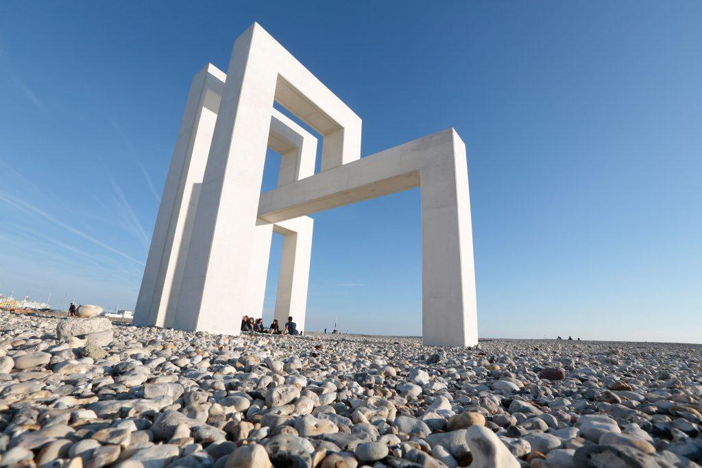 La structure UP#3 de Lang et Baumann sur la plage