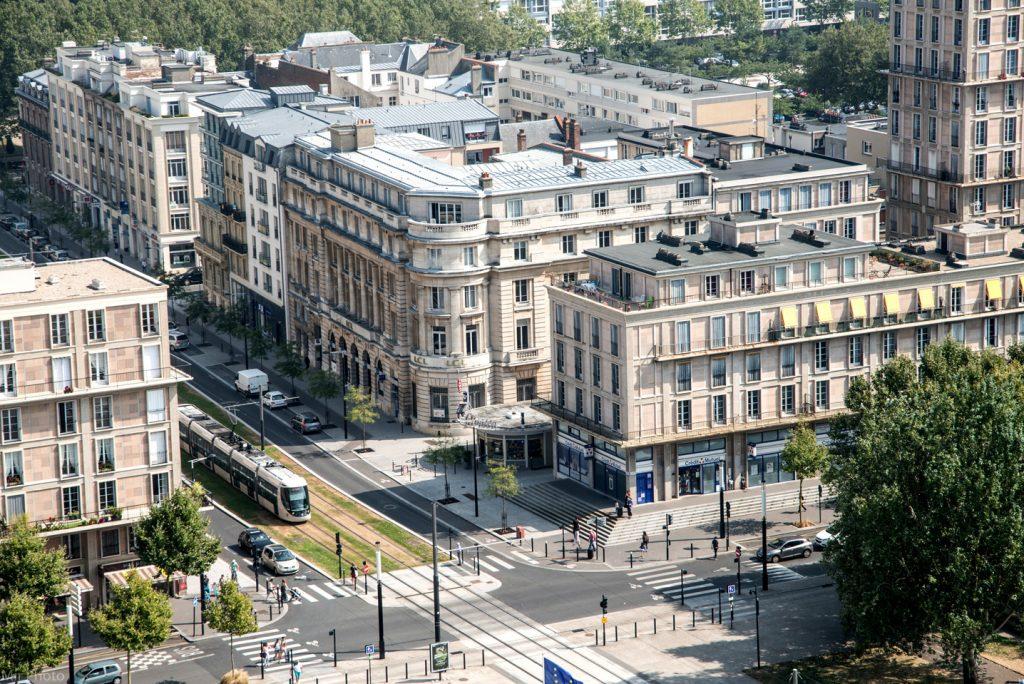 Vue sur le boulevard de Strasbourg depuis la tour de l'Hôtel de Ville du Havre