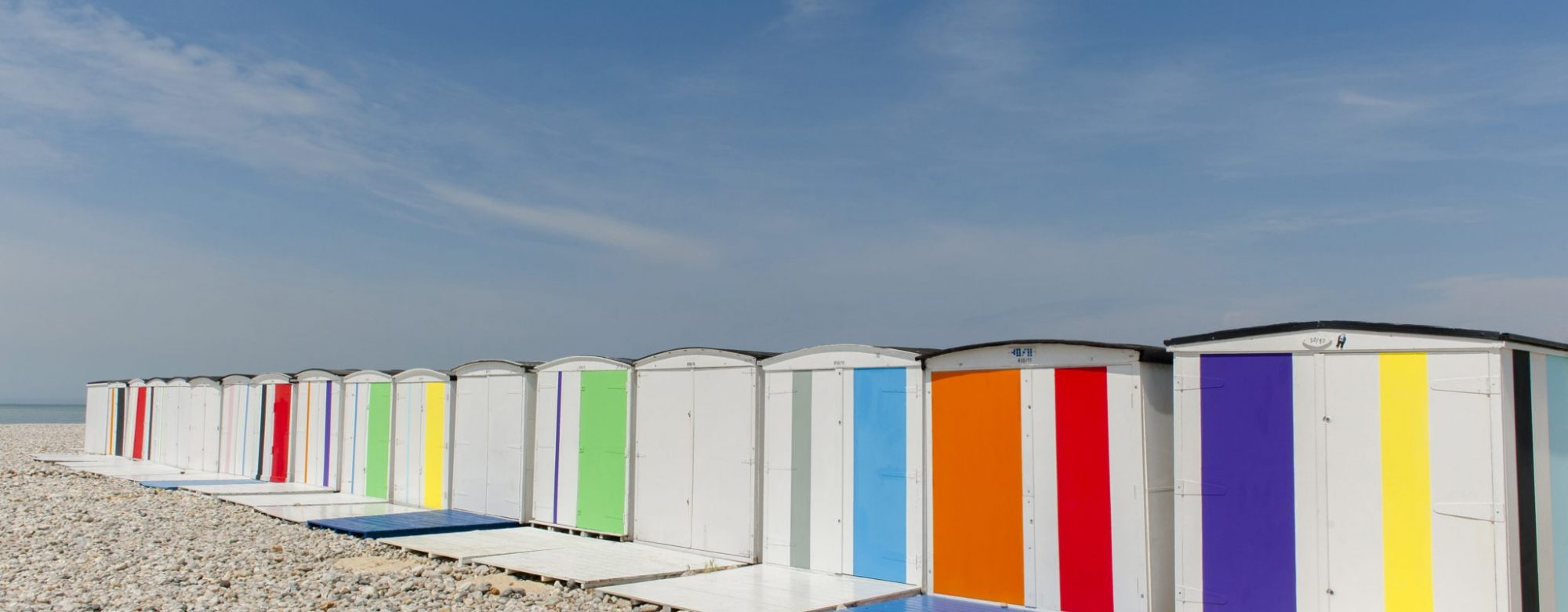 Colors on the beach par Karel Martens pour Un été au Havre