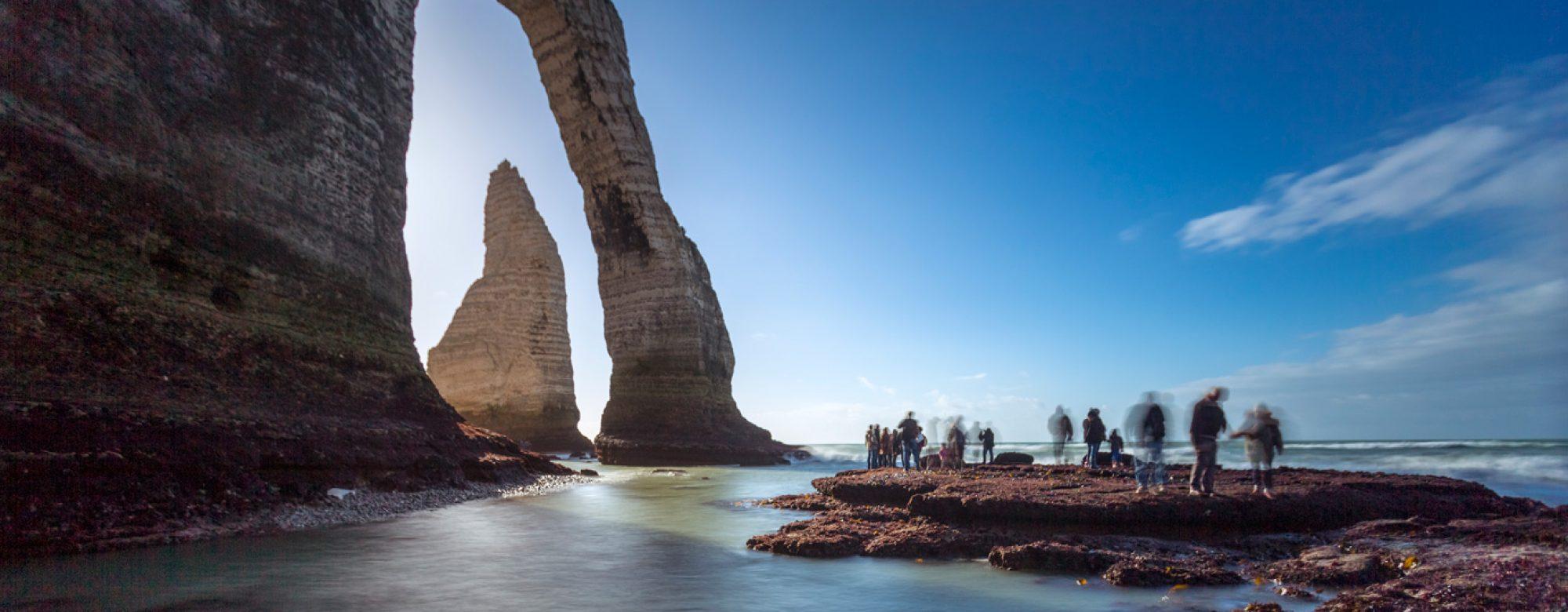 La Porte d'Aval et l'Aiguille d'Etretat à marée basse