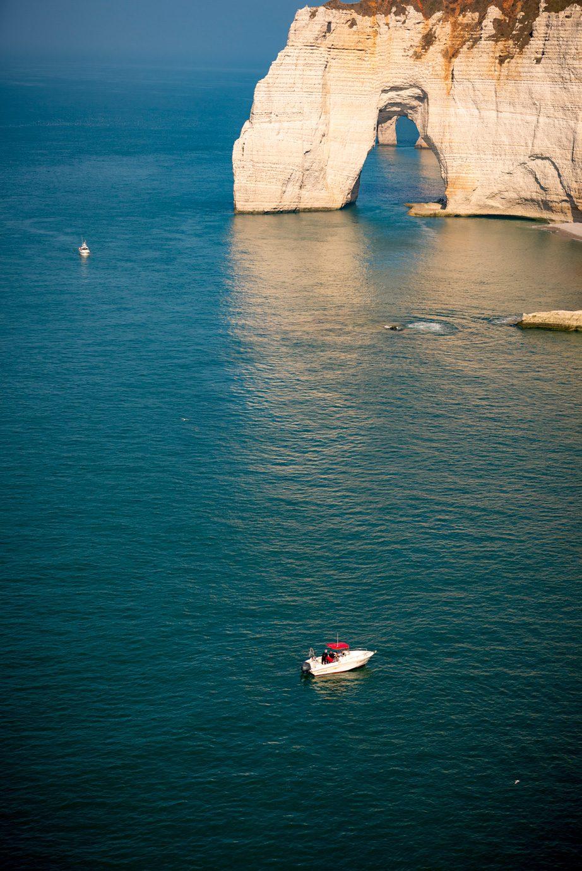 Promenade en bateau auprès de la Manneporte