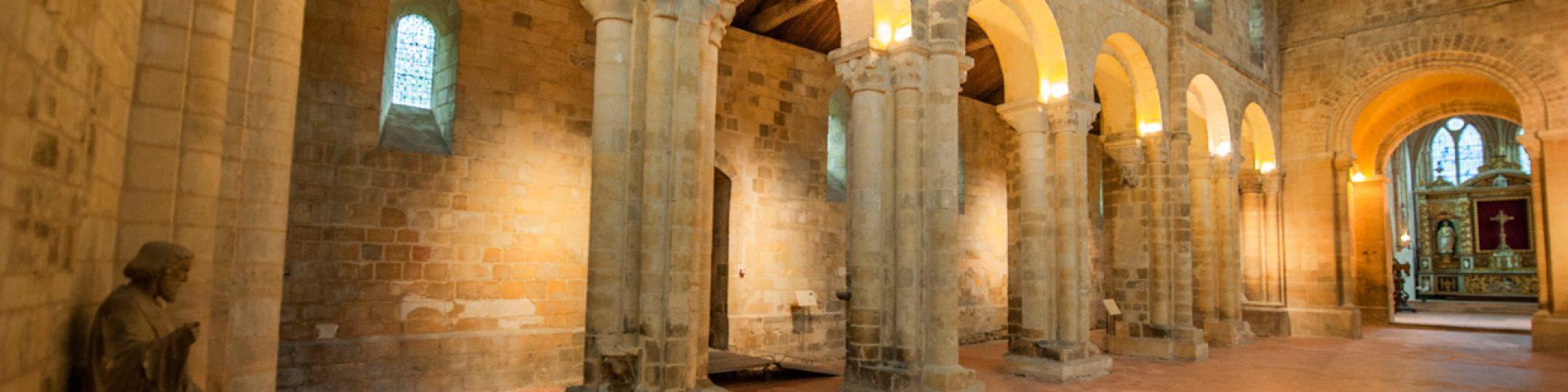 Nef de l'abbaye de Graville