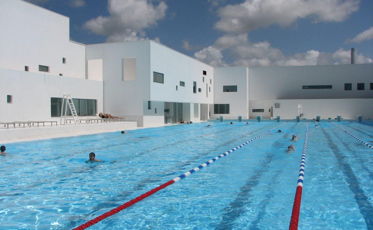 La piscine des Bains des Docks au Havre