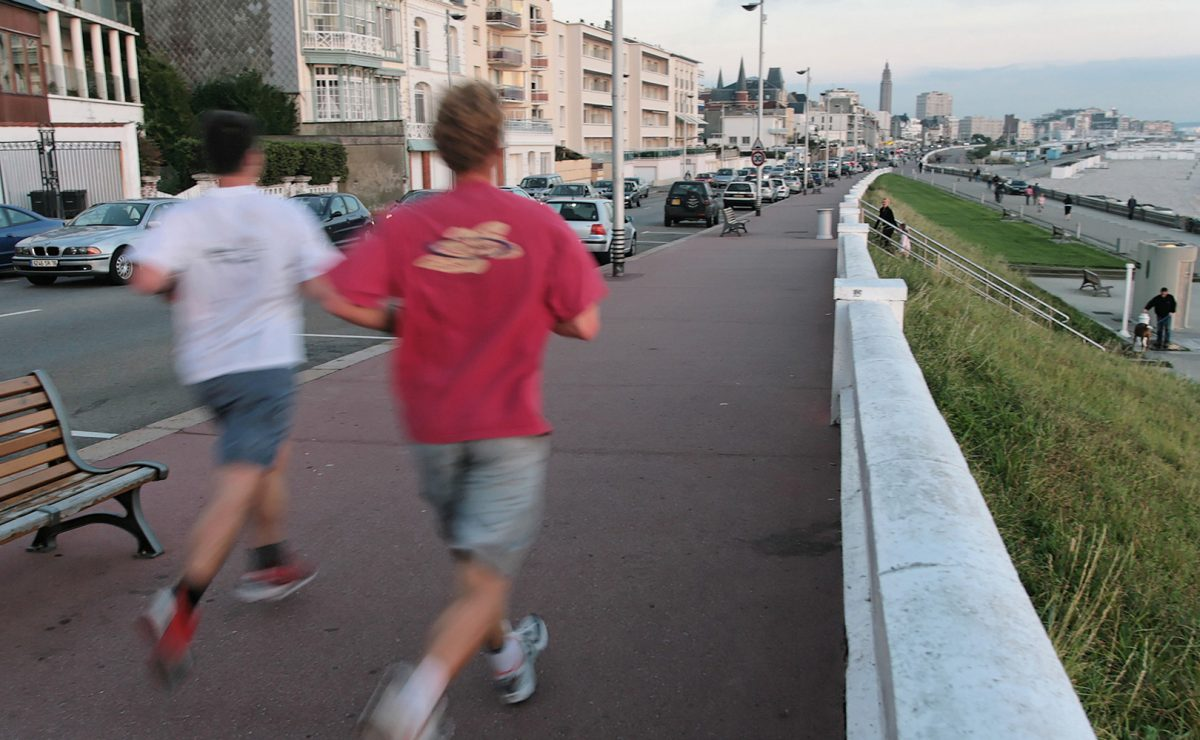 Joggers sur le boulevard Albert 1er du Havre