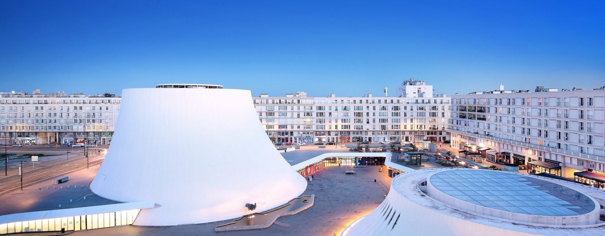 Le Volcan la colombe Niemeyer