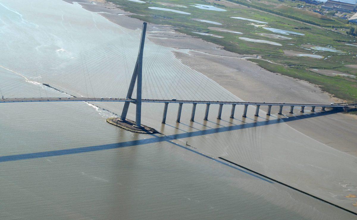 Vue aérienne du pont de Normandie